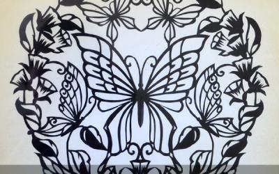 Papercut Tutorial – cutting a mirror image design